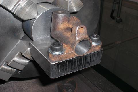 クラッチマスターシリンダー 改造中4.JPG