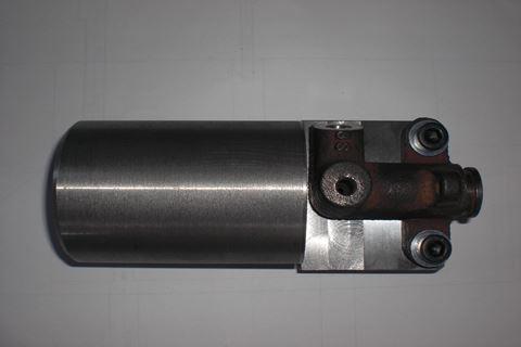 クラッチマスターシリンダー 改造前上1.JPG