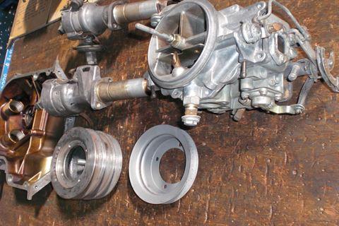 ロータリー13Aエンジン部品3.JPG