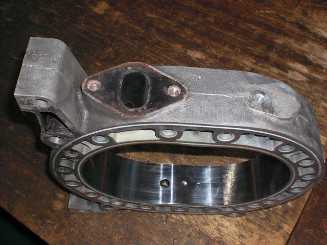 ローターハウジング 磨き前1.JPG