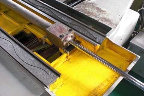研磨機修理 内部1.JPG
