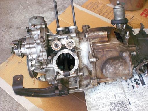 R360エンジン側面.JPG