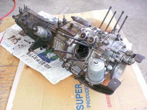 R360エンジン全体.JPG