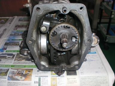 R360クーペ エンジン分解1-4.JPG